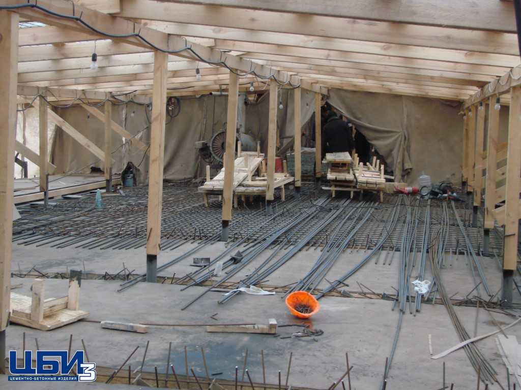Заливка бетона для моста в городе Воскресенск